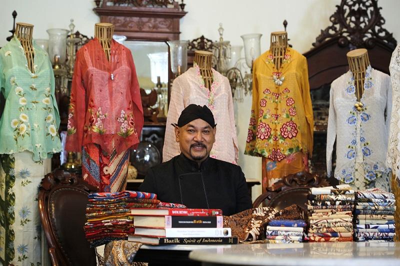 APIP'S Kerajinan Batik - Gallery and Industry